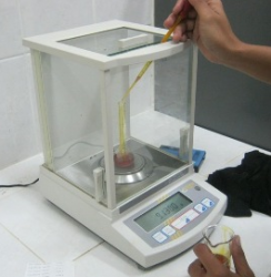 analytical-balance2.png
